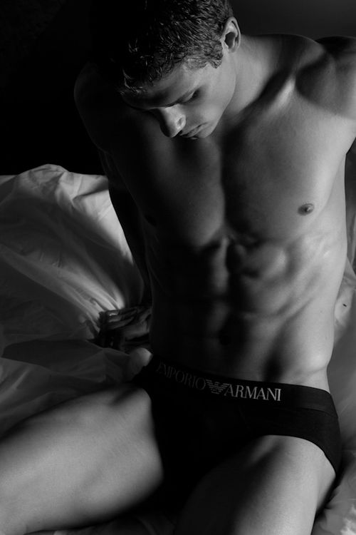 Armani_jefflslater-1